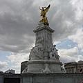 皇宮前的雕像