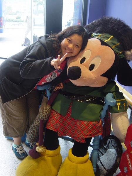 我和蘇格蘭米老鼠的合照