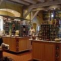 酒莊,除了酒之外,還有許多副產品,像是果醬囉~~