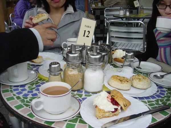 喝杯下午茶吧