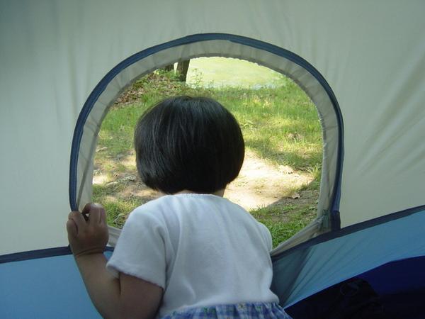 帳篷內的娜娜