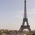 巴黎的地標--艾非爾鐵塔