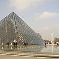 貝聿銘的金字塔