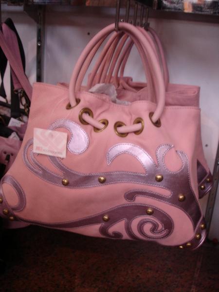 J Lo的包包