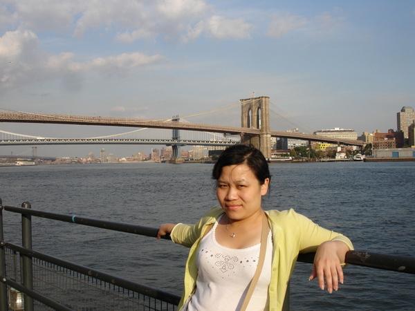 遠眺布魯克林橋