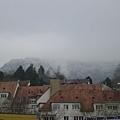 山上的雪景