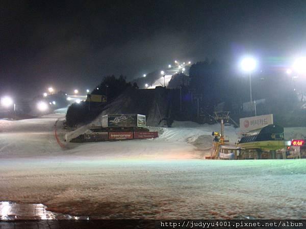 入住滑雪場啦