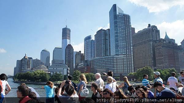 圖中的高樓是世貿NO 1耶