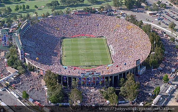 rose-bowl-stadium-3.jpg