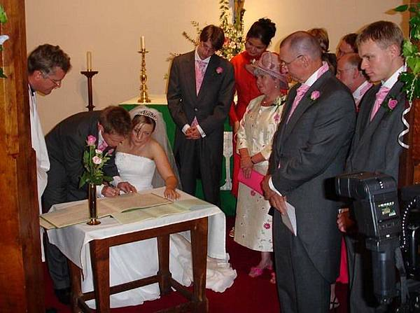 11 signing the certificate.jpg