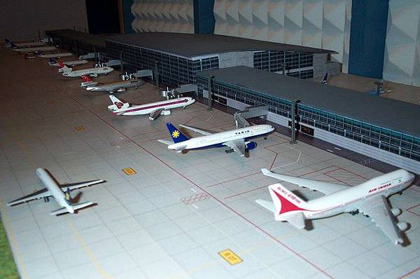 terminal1_181006