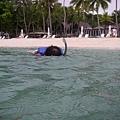 Wanju在浮潛中