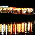 船上應該是台灣遊客,這時我們在部長家參加Post-test Party,因為他家就在Landmark Marina旁