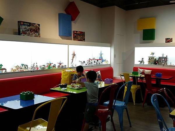 新竹/ BRICK WORKS樂高積木主題餐廳