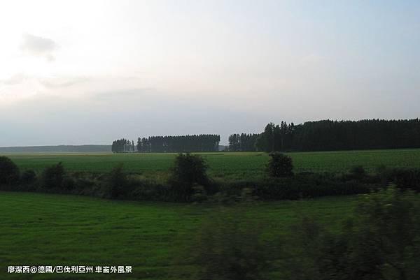 【德國/巴伐利亞州】車窗外風景