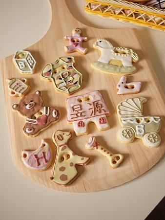 收涎餅乾12片混搭組(6大6小)