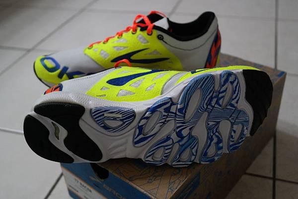 鞋底(1)