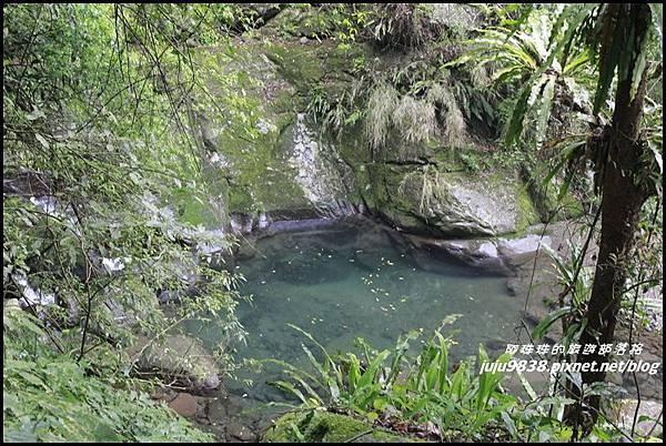 鴛鴦谷瀑布6.JPG