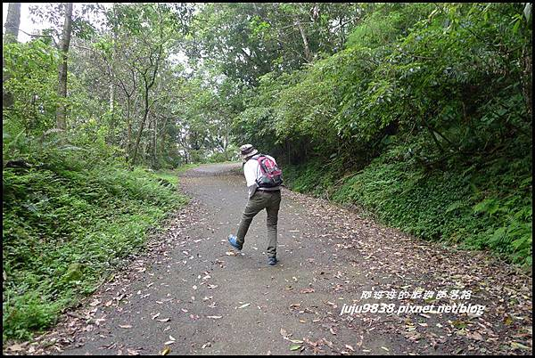 鴛鴦谷瀑布24.JPG
