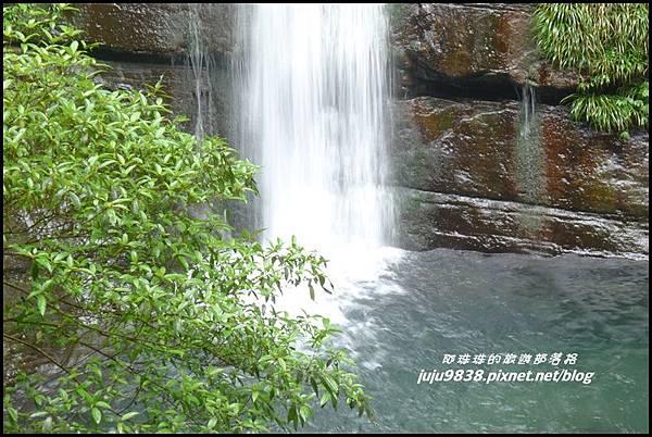 鴛鴦谷瀑布44.JPG
