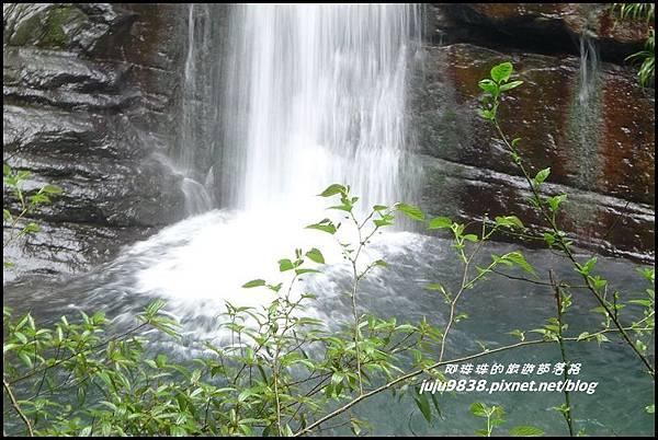 鴛鴦谷瀑布45.JPG