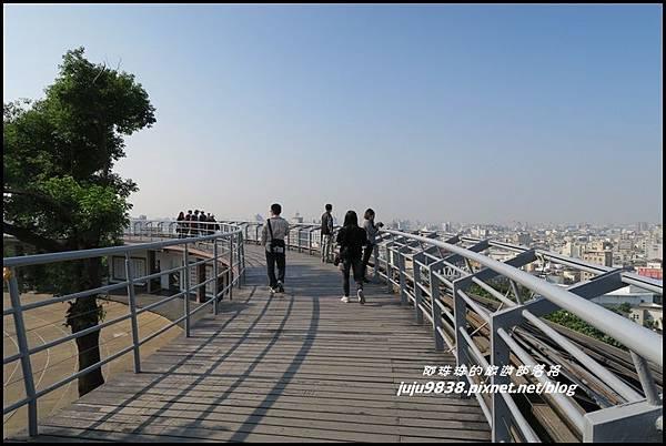 八卦山天空步道14.JPG