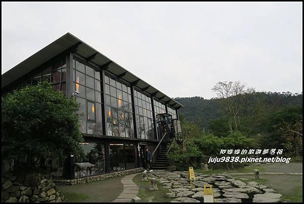 玻璃屋2.JPG