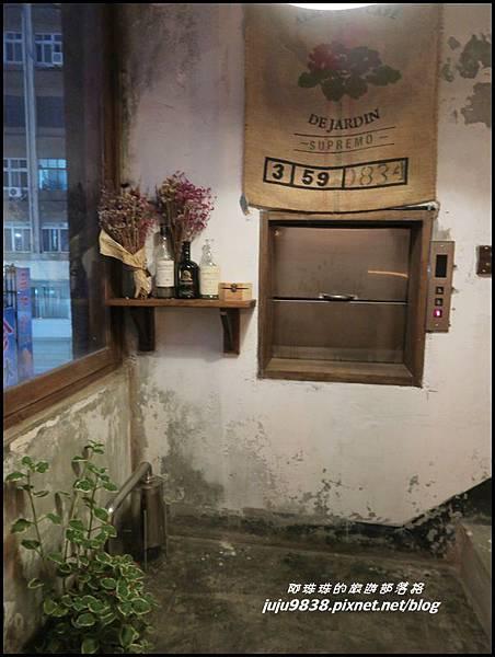 小舊閣樓10.JPG