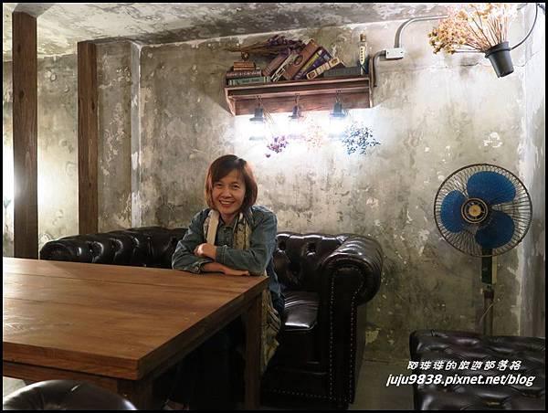 小舊閣樓30.JPG