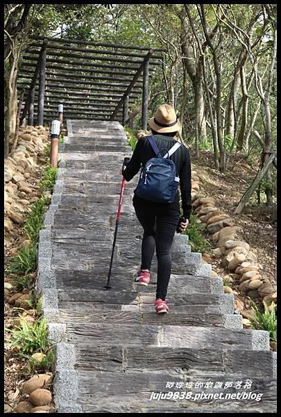 秀才登山步道1.JPG