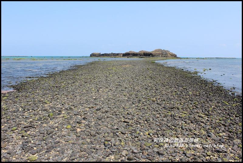 澎湖摩西分海15.JPG