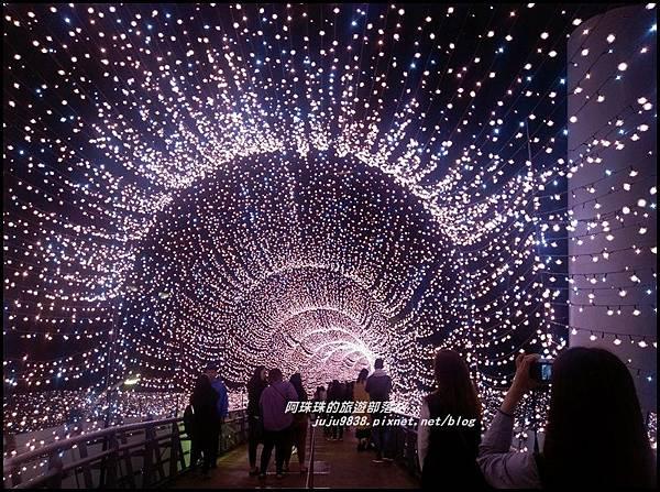 新北歡樂耶誕城1.jpg