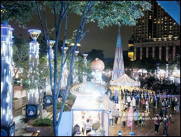 新北歡樂耶誕城10.JPG