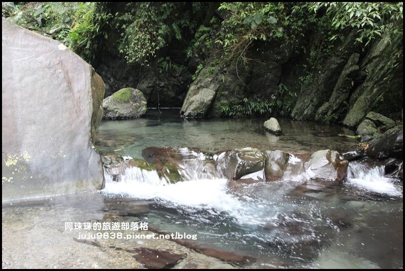 新寮瀑布21.JPG