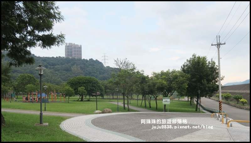 大溪河濱公園1.JPG