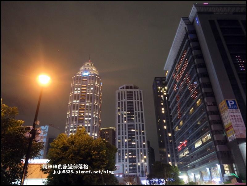 新北歡樂耶誕城25.JPG