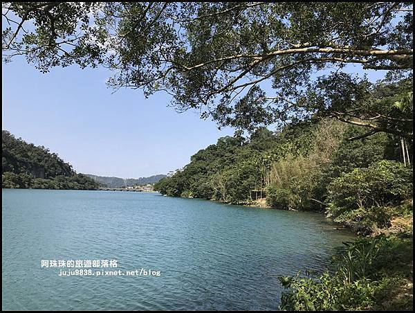 新店濛濛湖23.JPG