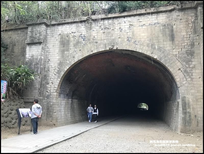 崎頂母子隧道2.JPG