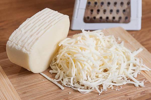 deli-provolone-cheese-shredded1.jpg