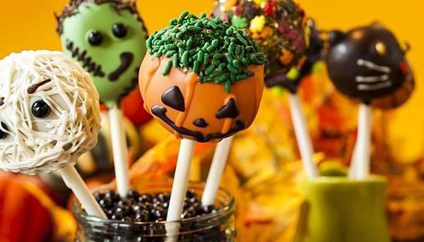 halloween-cupcake-balls.jpg