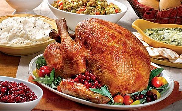 restaurants-open-thanksgiving-dinner.png