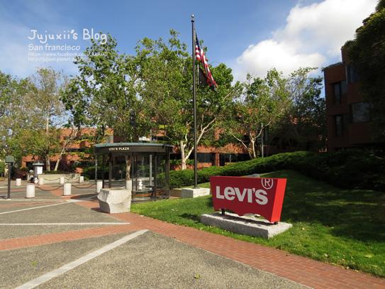 levi's plaza 0022