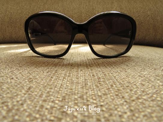 Prada Sunglasses16