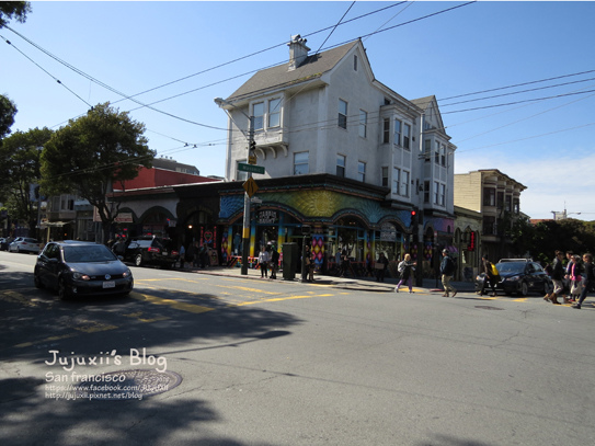 Haight and Ashbury Streets 09