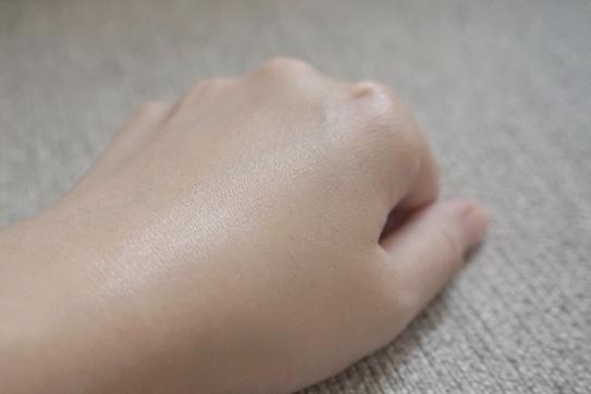 霓淨思皮脂平衡控油乳10.jpg