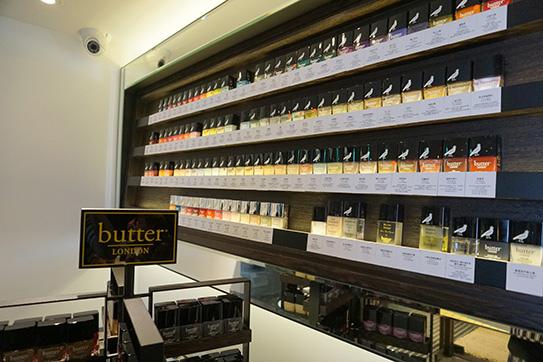 butter LONDON 指甲油02.JPG