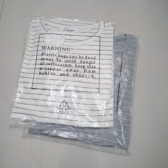 淘寶細條紋T恤 01.JPG