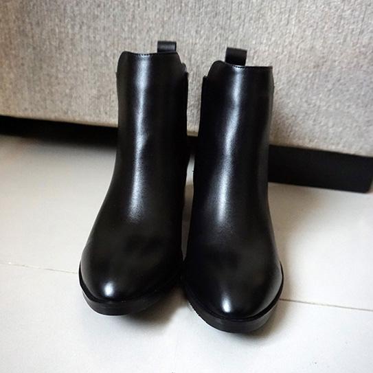 淘寶黑色短靴 03.JPG