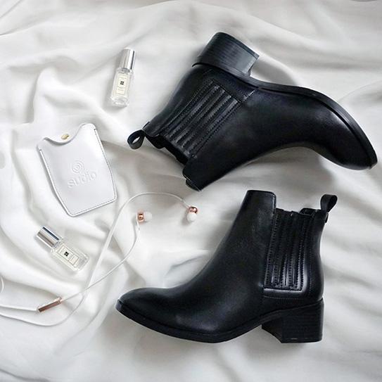 淘寶黑色短靴 17.JPG