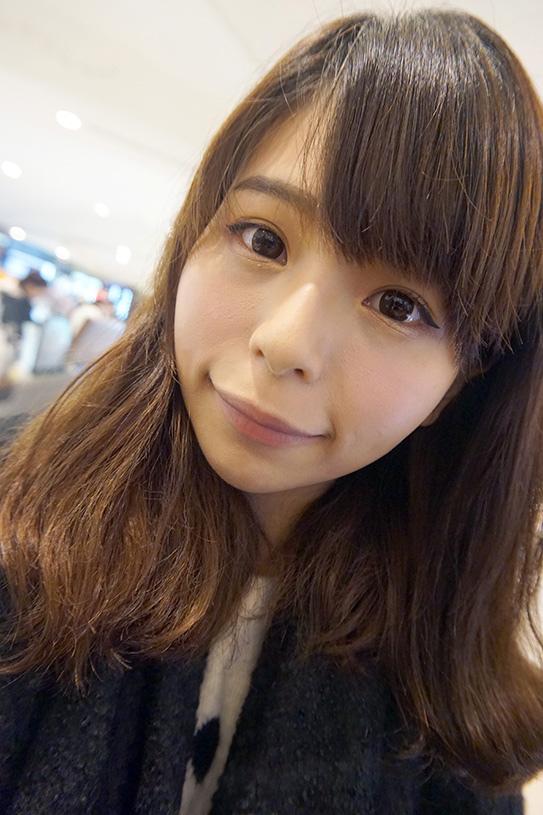 laura mercier蘿拉豐潤漾唇膏 09.JPG